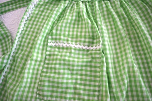 Photo 5 Green Gingham Pocket